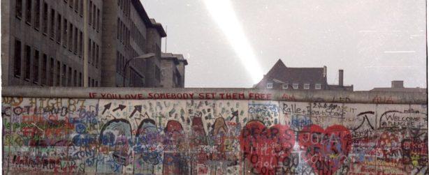 escape the Berlin Wall